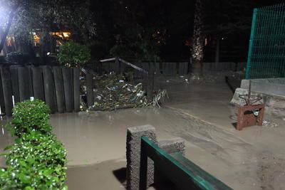 Sin embargo para evitar que esto siga sucediendo debido a que hace 15 días volvió a inundarse el parque.