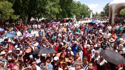 Es durante el 9 y 10 de agosto que se celebran la Feria de la Uva y del vino y de la vendimia, mismas que son matizadas con fogatas, juegos y pirotécnicos.