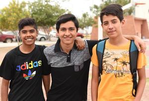 11082017 Víctor Morales, David Contreras y Daniel Tovar.