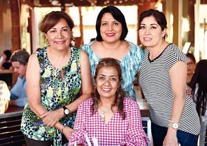 11082017 AMIGAS.  Elsa, Adriana, Claudia y Livier.