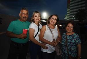 11082017 CONTENTOS.   Mateo, Socorro, Martha y Lourdes.