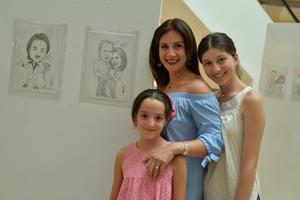 11082017 Astrid, Nayla y Anya.