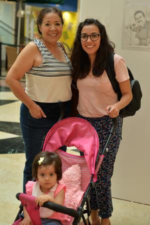 11082017 Patricia, Mila y Celmida.