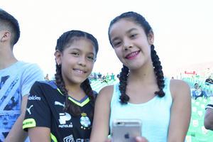 13082017 Mariana y Gaby.