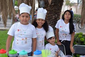 12082017 Víctor, Valentina, Diego y Ana.
