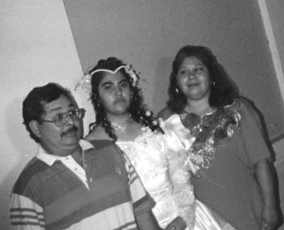 13082017 Francisco Martínez, Marina Acosta y María del Carmen Iturriría.