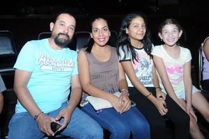 15082017 Randy, Marcela, Ash y Romis.