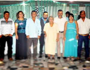 15082017 FAM. LAVENANT HDZ.  Daniel, Araceli, Ernesto, Sergio, Hortencia, Juan, Paty y Ernesto.