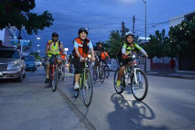 Su fin es demostrarle a la sociedad que pueden convivir sin ningún problema y sanamente en las calles, los ciclistas, peatones, automovilistas y personas con discapacidad.