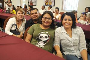 16082017 Lourdes Aguilar, Alejandro Durán, Daniela Durán y Cecilia Perales.