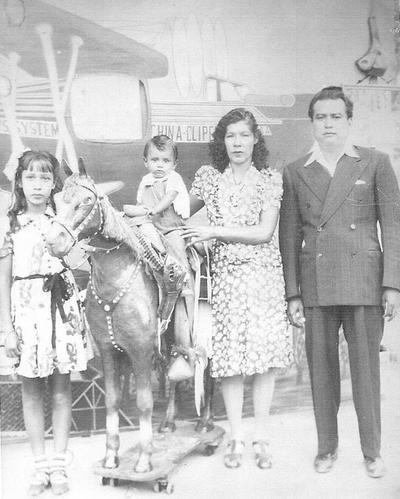 17082017 Familia De La O Álvarez en el año 1946.
