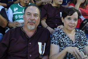 17082017 EN PAREJA.  Jesús y Linda.