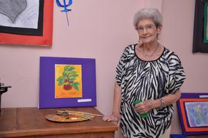 18082017 EXPONE SU TALENTO.  Margarita López expuso sus obras.