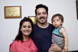 18082017 Denise González, Pedro Ramírez Logan y Pedrito.