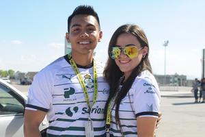 18082017 Armando y Mónica.