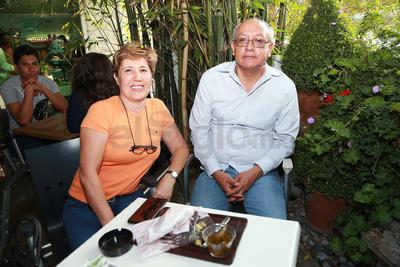 Luz Arely y Armando.