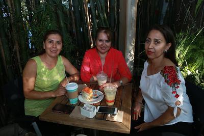 Alma, Tere e Isabel.
