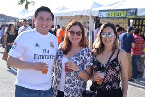 Ismael, Aime y Ana Cristina