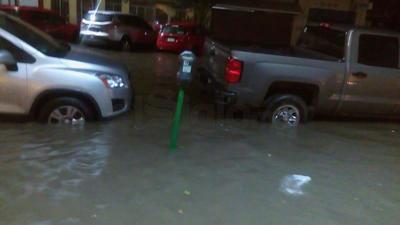 Las calles del Centro de Torreón quedaron bajo el agua.