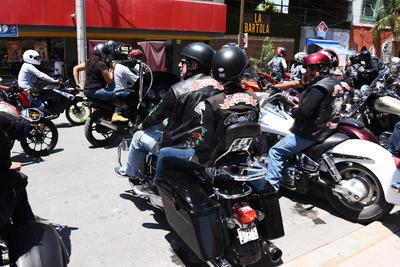 Recorrieron la avenida Juárez hasta el Diagonal Reforma.