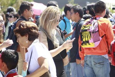 Miles de personas seguían y compartían en redes sociales el suceso.