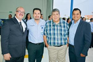 22082017 POSAN PARA LA FOTO.  Sergio, Miguel, Mario y Ulises.