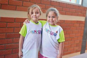 22082017 MUY LINDAS.  Roxana y Andrea.
