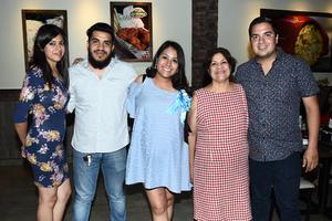23082017 FIESTA DE CANASTILLA.  Lourdes Geraldyn Gallegos con María Guadalupe, José Gerardo, Shaila e Isaías.