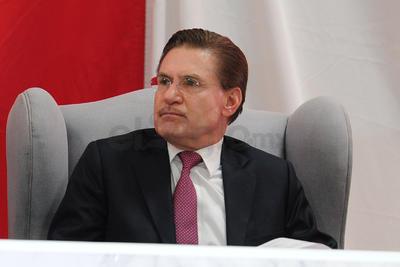 Leticia Herrera estuvo acompañada por el gobernador de Durango, José Aispuro Torres y representantes de los tres niveles de gobierno.