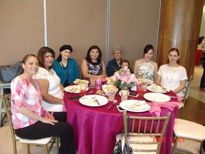 24082017 Meche, Raquel Edith, Linda, Gaby, Rosalina, Alejandra y Lizeth.