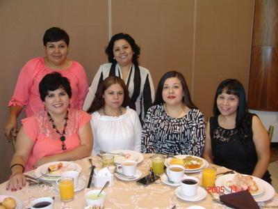 24082017 Gaby, Aris, Vero, Ely, Lorena y Claudia.