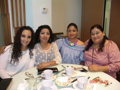 24082017 Wendy, Isabel, Lulú y Lupita.