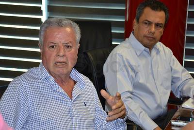 Trataron además con sus respectivas áreas financieras la integración del presupuesto de ingresos 2018, en el que Jorge Zermeño pide que les permitan sugerir el ejercicio del gasto público para el año entrante, considerando que él lo va a ejercer.
