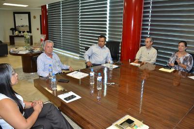 Se reunieron el alcalde Jorge Luis Morán y el alcalde electo Jorge Zermeño.