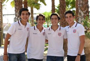 25082017 ENTRE CLASE Y CLASE.  Carlos, Mikel, Fernando y Heriberto.