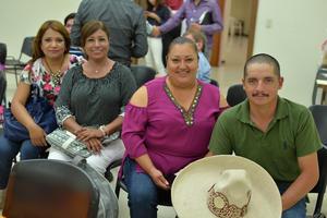 25082017 Fabiola, Mirna, Karian y Trinidad.