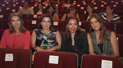 Patricia Hernández (Presidenta mujeres empresarias capitulo Chihuahua); Mariana Díaz Jimenez (Presidenta mujeres empresarias capitulo Cholula); Ana Gabriela Brugal (Presidenta mujeres capitulo San Luis Potosi) y Olivia Gajeola (Vicepresidenta Region Norte).