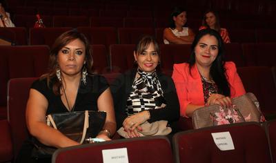 Victoria Correa, Monserrat Delgado y Leticia Ramos.
