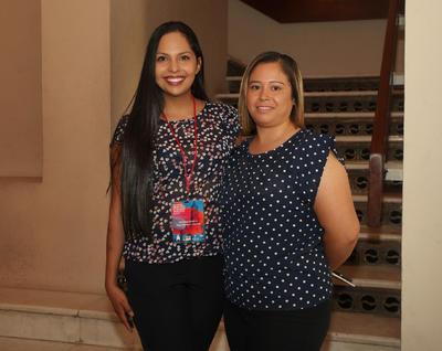 Nancy Morales y Nayeli López.