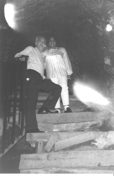 26082017 El Sr. José Luis Rosales Carrillo con su hija Griselda Rosales González en la mina La Valenciana en Guanajuato en 1997.