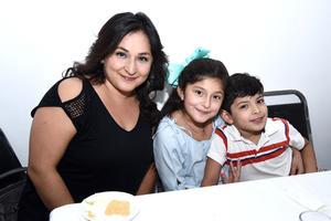 26082017 Fabiola, Karol y Diego.