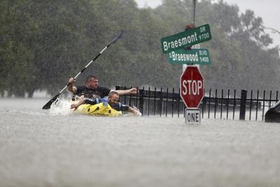 """""""Este desastre va a ser un acontecimiento histórico"""", dijo este domingo el administrador de la Agencia Nacional de Administración de Emergencias (FEMA), Brock Long, en entrevista con el programa """"State of The Union"""" de la cadena nacional de televisión CNN. """"Esta es una tormenta que Estados Unidos no ha visto aún"""", advirtió."""