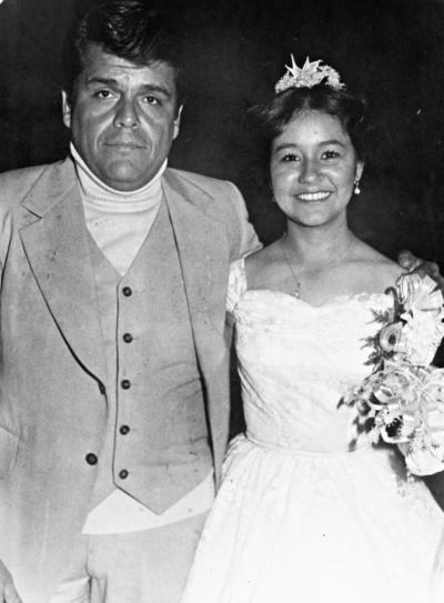27082017 Amado Martínez L. (f) y su hija, Ma. Guadalupe, en 1979.
