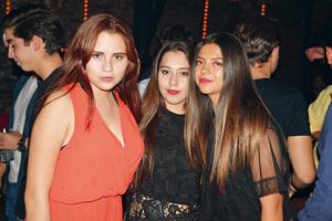 27082017 AMIGAS.  Estefanía, Gaby y Regina.