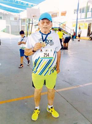 27082017 CRUZA LA META.  Leonel Rodríguez R. en reciente evento deportivo.