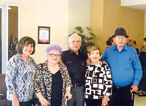 27082017 SE REÚNEN.  Hermanos Rodríguez Rodríguez: María Gloria, María del Refugio, Pedro, María Guadalupe y Leonel, en reciente reunión familiar en Saltillo, Coahuila.