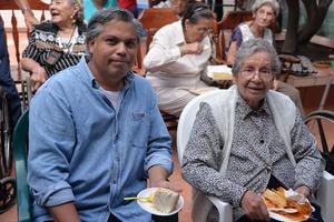 28082017 Víctor y Laura.