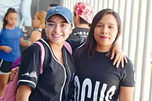 29082017 Gaby y Citlali.