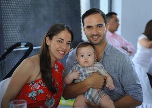 29082017 Ana Sofía, Rogelio Jr. y Rogelio.