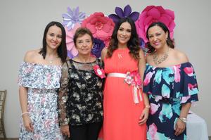 29082017 BABY SHOWER.  Valeria Artea con Rosy Gómez, Ale y Rosy Artea.